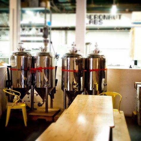 Крафтовая пивоварня. Aeronaut Brewery.