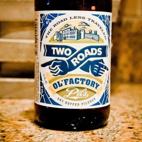 Обзор пива. Two Roads Ol' Factory Pils.
