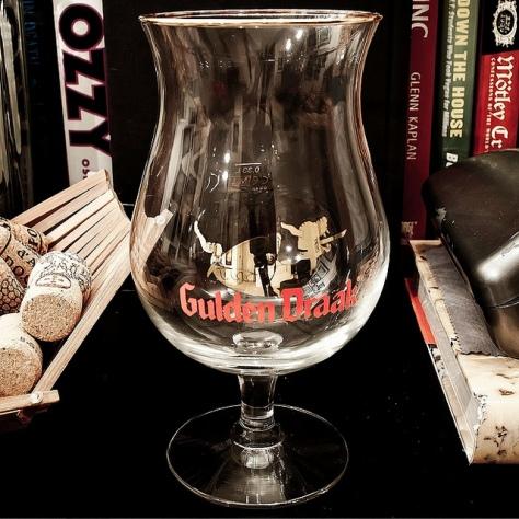 Бокал Gulden Draak.