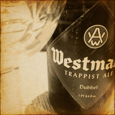 Как правильно наливать пиво? Westmalle Trappist Dubbel.