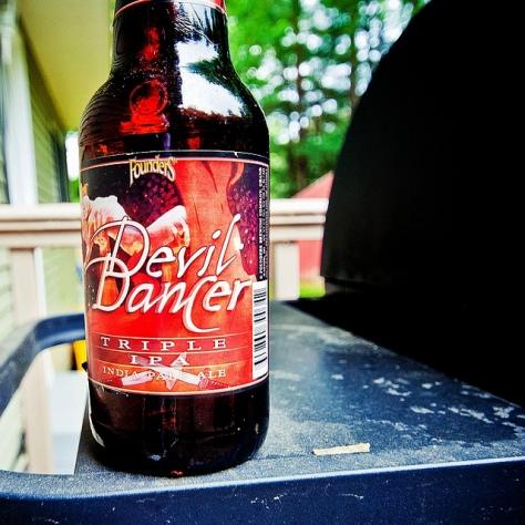 Пивоварня Founders. Founders Devil Dancer. Обзор пива.
