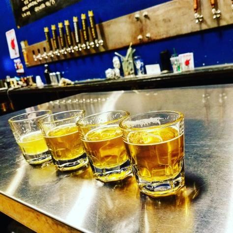 Крафтовая пивоварня. Lord Hobo Brewery. Гид по IPA. Сосновый или резиновый IPA.