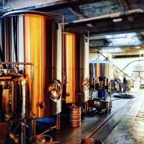 Крафтовая пивоварня. Lamplighter Brewery.