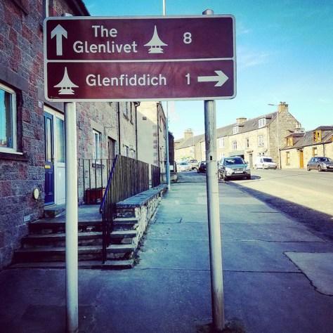 Столица мира виски. Город Даффтон. [Dufftown]. Шотландия. [2017 год]. Glenlivet. Glenfiddich