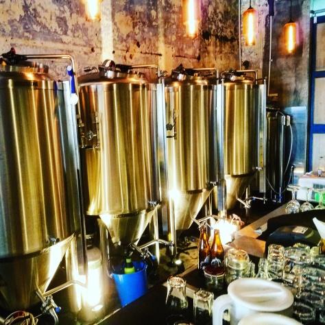 Крафтовая пивоварня. The 1925. Что такое плотность пива? [Пиво, показатели.]