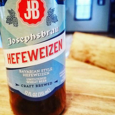 Обзор пива. Trader Joe's Josephsbrau Hefeweizen.