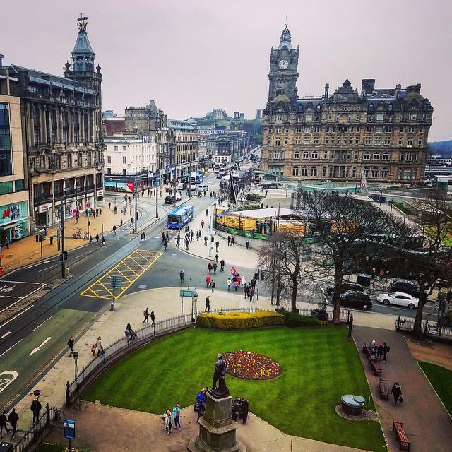 Пять причин любить и ненавидеть Эдинбург.