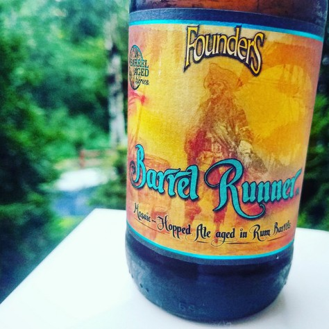 Обзор пива. Founders Barrel Runner.