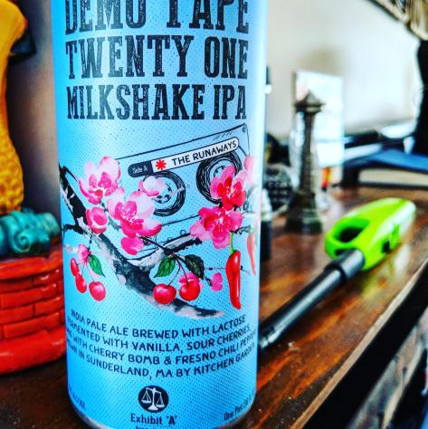 Обзор пива. Exhibit A Demo Tape Twenty One: Milkshake IPA.