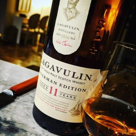 Обзор виски. Lagavulin 11 Offerman Edition.